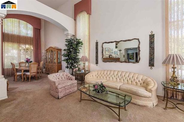 227 W Hunter Lane, Fremont, CA - USA (photo 3)