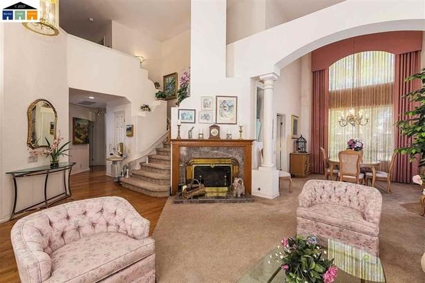 227 W Hunter Lane, Fremont, CA - USA (photo 4)