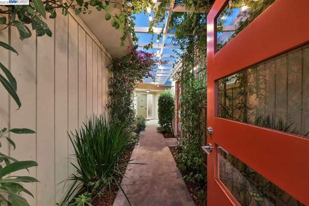 5825 Charles Avenue, El Cerrito, CA - USA (photo 2)