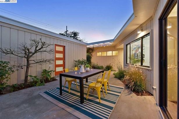 5825 Charles Avenue, El Cerrito, CA - USA (photo 5)
