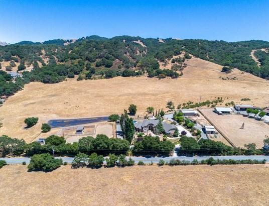 4490 Roop Road, Gilroy, CA - USA (photo 2)