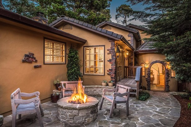 6se Crespi, Carmel, CA - USA (photo 3)