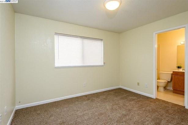 29300 Dixon, # 104 # 104, Hayward, CA - USA (photo 5)