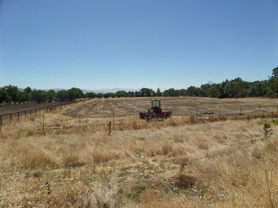 1550 Day Road, Gilroy, CA - USA (photo 2)