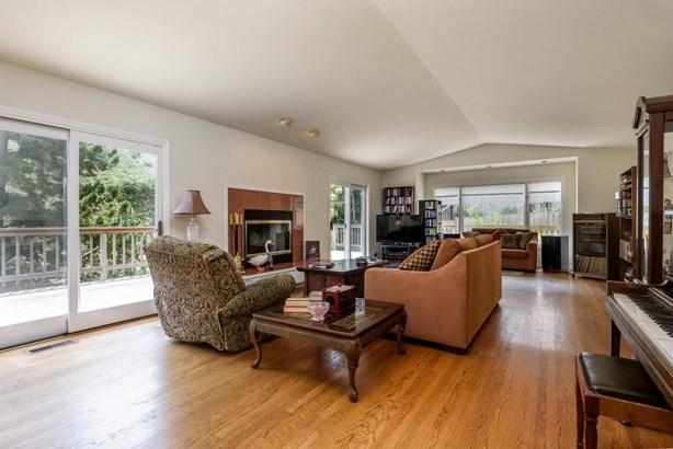 364 Genevieve Avenue, Pacifica, CA - USA (photo 3)