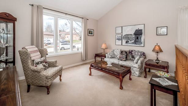 11 Dunhill Cres, Guelph, ON - CAN (photo 1)