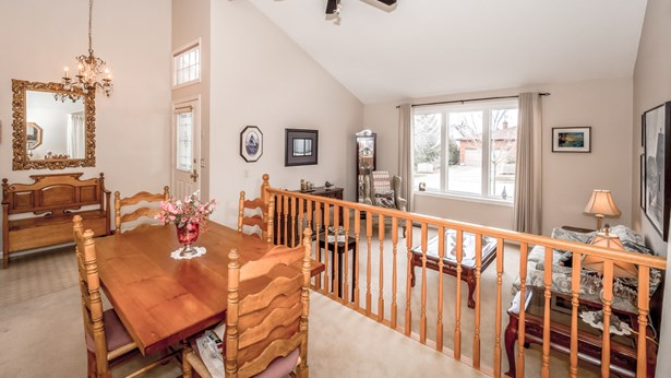 11 Dunhill Cres, Guelph, ON - CAN (photo 3)
