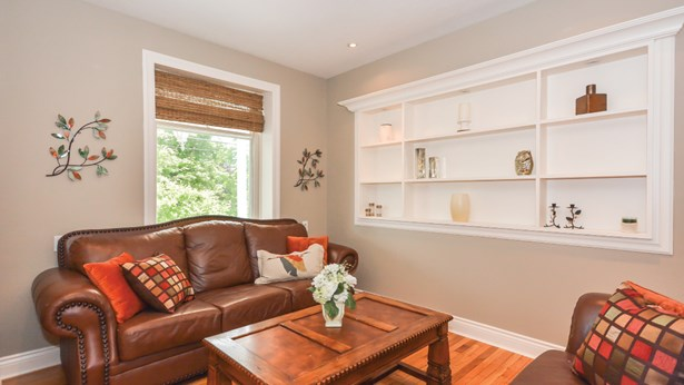 626 Eramosa Rd, Guelph, ON - CAN (photo 4)