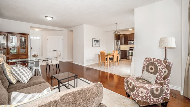 18 Trimble Cres, Guelph, ON - CAN (photo 1)