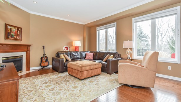 18 Forest Ridge Cres, Limehouse, ON - CAN (photo 5)