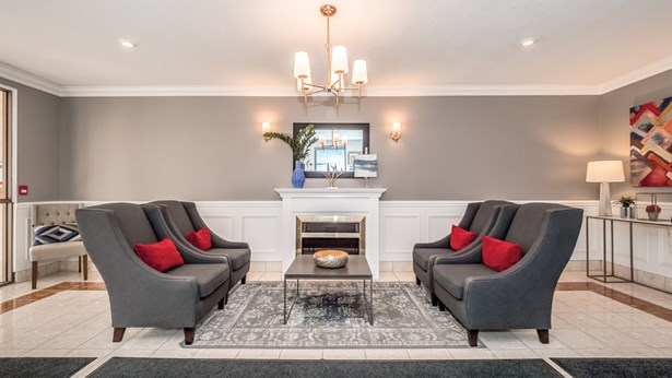 60 Wyndham St S 708, Guelph, ON - CAN (photo 3)
