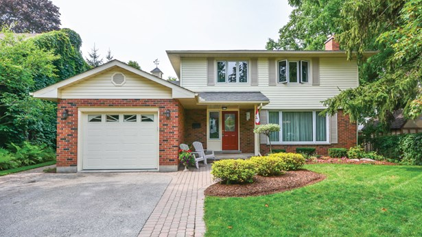 3 Graham St, Guelph, ON - CAN (photo 2)