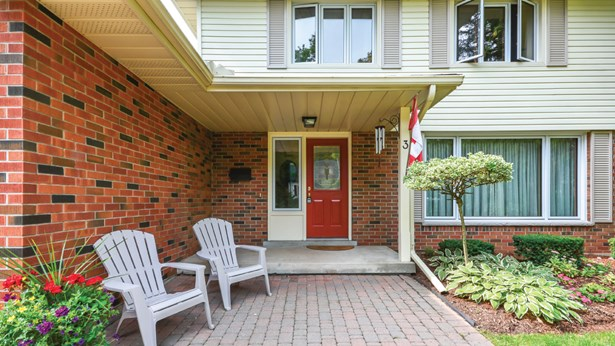 3 Graham St, Guelph, ON - CAN (photo 3)