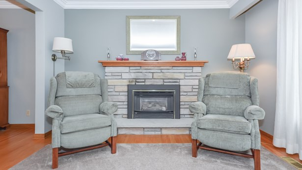 3 Graham St, Guelph, ON - CAN (photo 5)