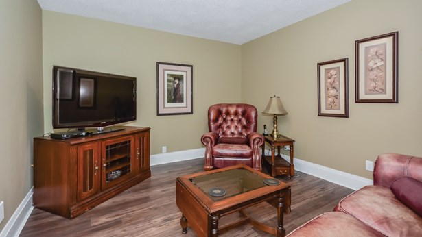 152 Northumberland St, Guelph, ON - CAN (photo 5)