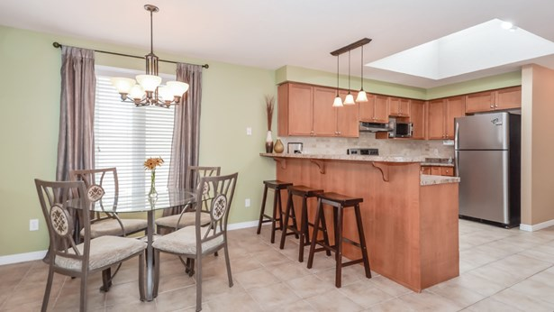 4 Hasler Cres, Guelph, ON - CAN (photo 5)