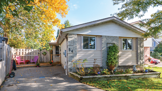54 Upton Cres, Guelph, ON - CAN (photo 3)