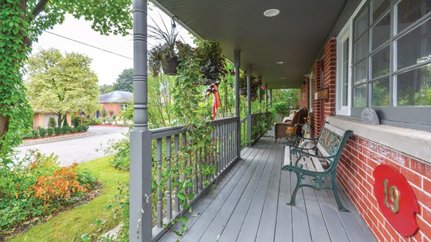 19 Echo Dr, Guelph, ON - CAN (photo 3)