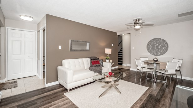 49 Rhonda Rd 131, Guelph, ON - CAN (photo 1)