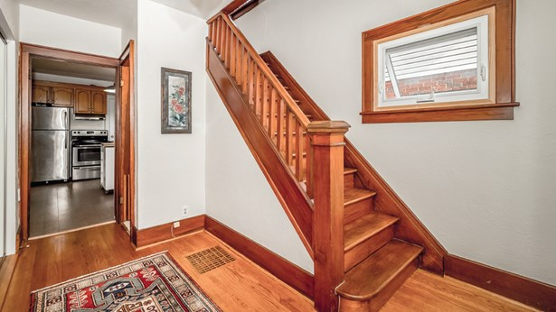 20 Mac Ave, Guelph, ON - CAN (photo 4)