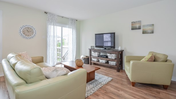 105 Bard Blvd 2, Guelph, ON - CAN (photo 5)