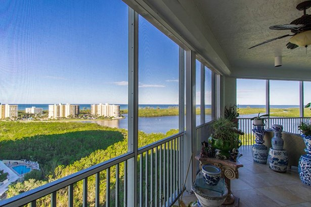 285 Grande Way 1403, Naples, FL - USA (photo 2)