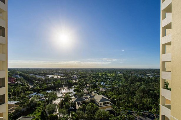 285 Grande Way 1403, Naples, FL - USA (photo 5)