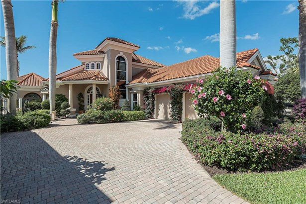 7021 Verde Way, Naples, FL - USA (photo 1)