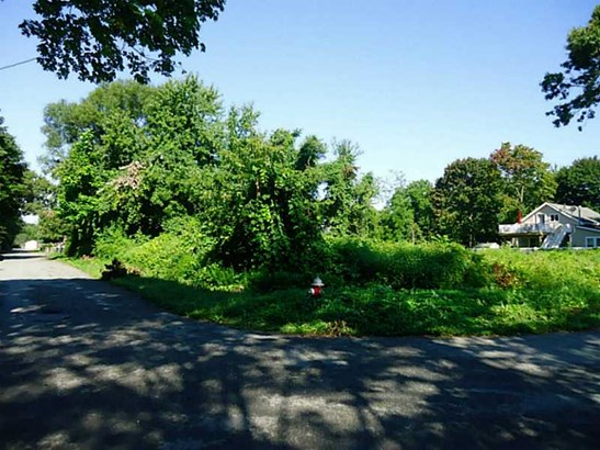 Residential - Warwick, RI (photo 3)