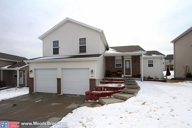 4341 West Thatcher Lane , Lincoln, NE - USA (photo 2)
