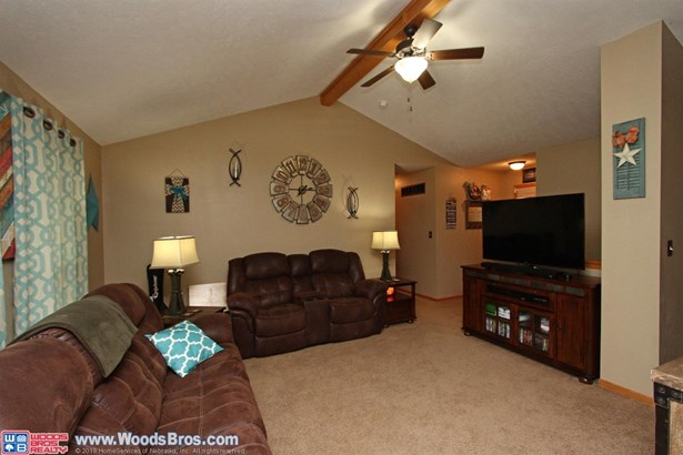 453 11th Street , Eagle, NE - USA (photo 3)