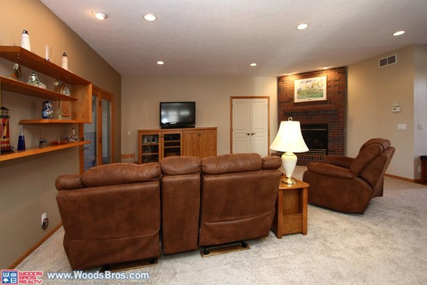 9101 Whispering Wind Road , Lincoln, NE - USA (photo 4)