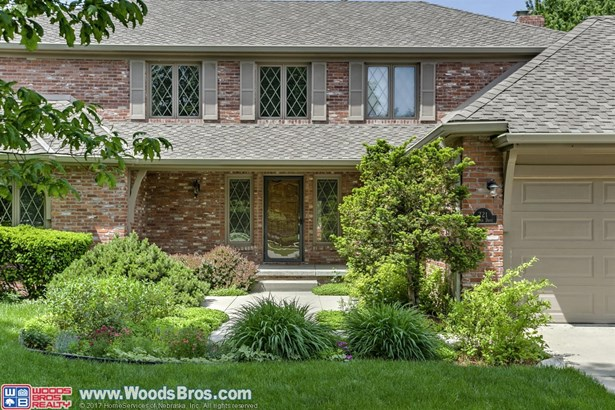 721 Redwood Drive , Lincoln, NE - USA (photo 2)