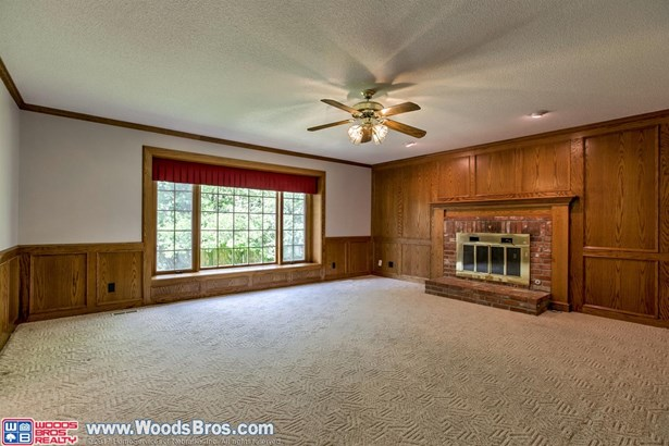 721 Redwood Drive , Lincoln, NE - USA (photo 5)