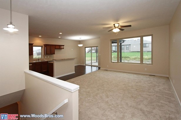 2855 West Rose , Lincoln, NE - USA (photo 3)