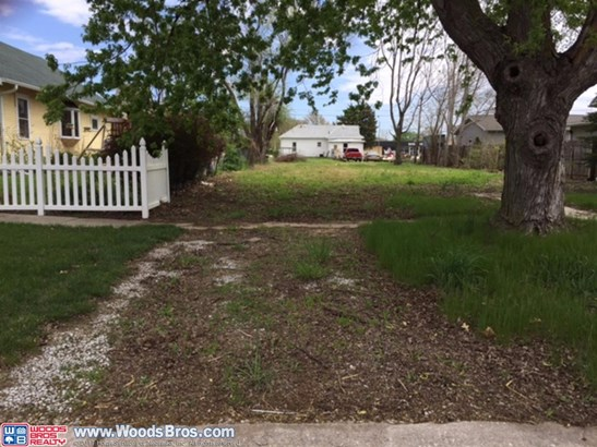 1726 North Platte , York, NE - USA (photo 2)