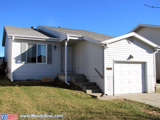 2000 Northwest 57th Street , Lincoln, NE - USA (photo 1)