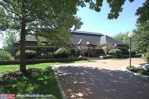 2425 Ridge Road , Lincoln, NE - USA (photo 4)