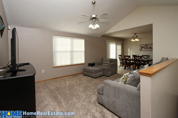 4137 West Thatcher Circle , Lincoln, NE - USA (photo 4)
