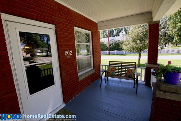 202 Pine Street , Pleasant Dale, NE - USA (photo 2)