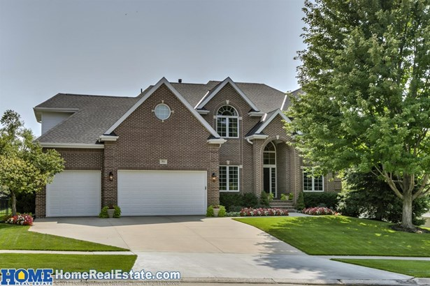 7611 Cross Creek Circle , Lincoln, NE - USA (photo 1)
