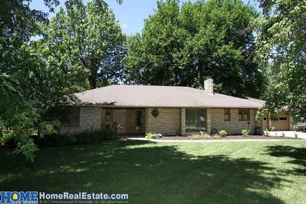 1105 Crestdale Road , Lincoln, NE - USA (photo 1)