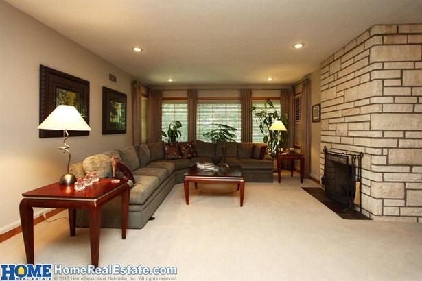 1105 Crestdale Road , Lincoln, NE - USA (photo 4)