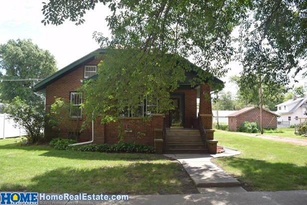 116 North Court Street , Wilber, NE - USA (photo 2)