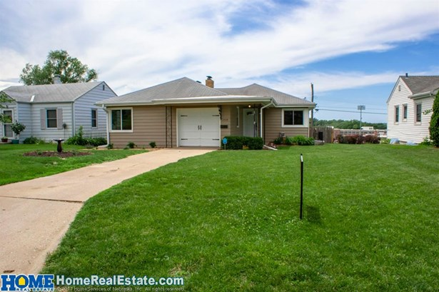 2434 S 43rd Street , Omaha, NE - USA (photo 2)
