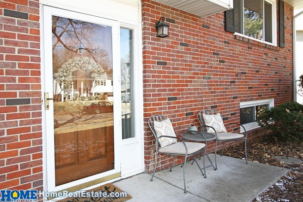 7821 Hickory Lane , Lincoln, NE - USA (photo 2)