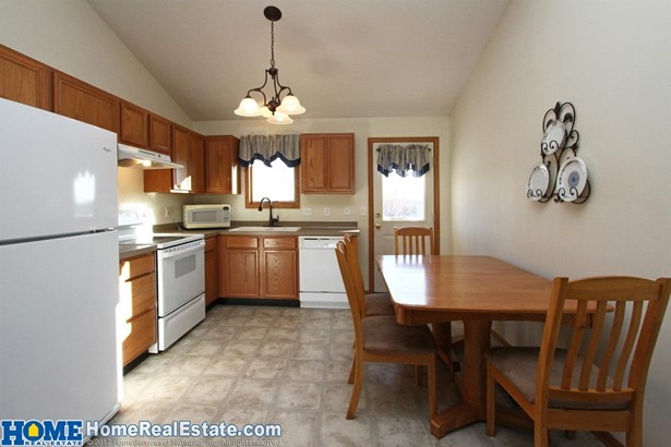 2224 Northwest 57th Street , Lincoln, NE - USA (photo 4)