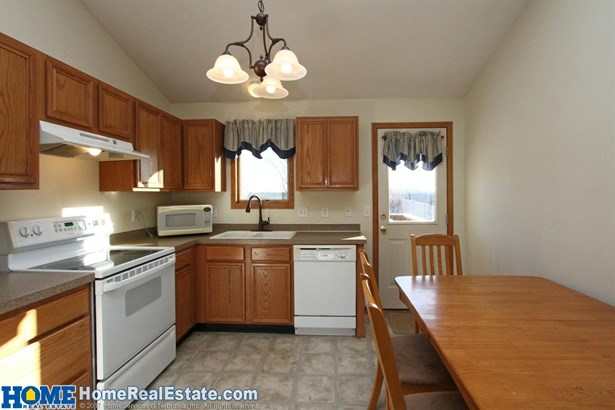 2224 Northwest 57th Street , Lincoln, NE - USA (photo 5)