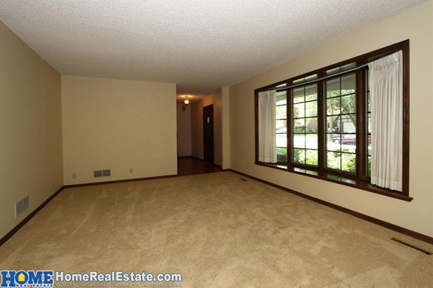 1142 Twin Ridge Road , Lincoln, NE - USA (photo 4)
