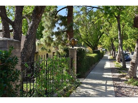 Condominium - Sierra Madre, CA (photo 2)